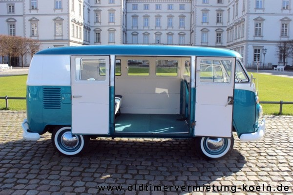 vw bulli t1 de luxe blau classic car events oldtimer gmbh. Black Bedroom Furniture Sets. Home Design Ideas