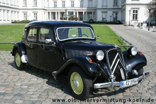 citroen 11 cv gangster classic car events e k. Black Bedroom Furniture Sets. Home Design Ideas